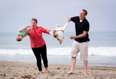 parenting fail, summer, beach, fail, funny, meme, parenting, beach
