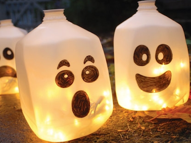 7 DIY Halloween Decorations You Can Create Easily |