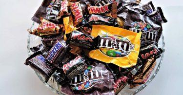 halloween-candy-chocolates-nuts-sweet
